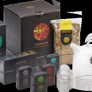 מארז תה מתנה לראש השנה המכיל קנקן קרמיקה, חולט רשת ומגוון סוגי תה מובחרים