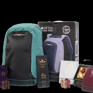 מארז מתנה מפואר לראש השנה הכולל תיק גב למחשב נייד חברת SWISS ומגוון שוקולדים