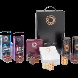 מארז מתנה מפואר לראש השנה הכולל 8 סוגי שוקולד