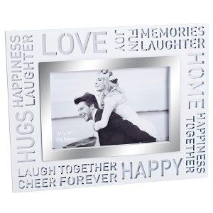 מסגרת עץ לבנה לתמונה LOVE